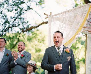 当新郎看到新娘的一瞬间